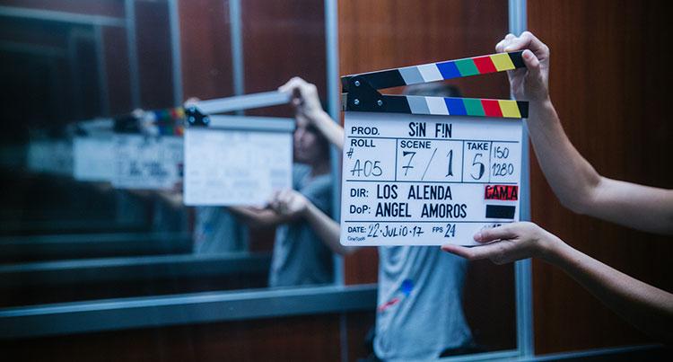 Claqueta de 'Sin fin', ópera prima en el largometraje de los hermanos Alenda rodada en varias localizaciones andaluzas. Foto: Trasatlántica Producciones.