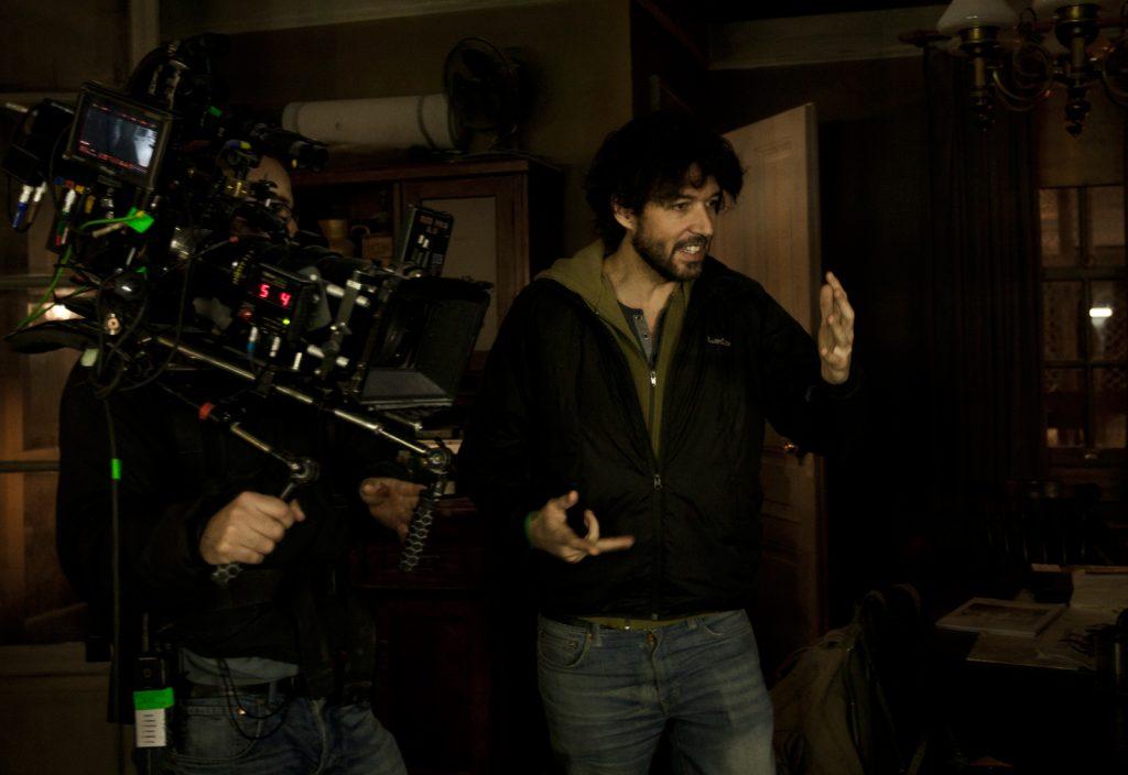 Miguel Ángel Vivas en el rodaje de su película 'Extinction''
