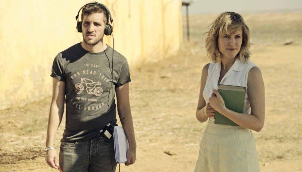 Jota Linares y Natalia de Molina en el rodaje de 'Animales sin collar'
