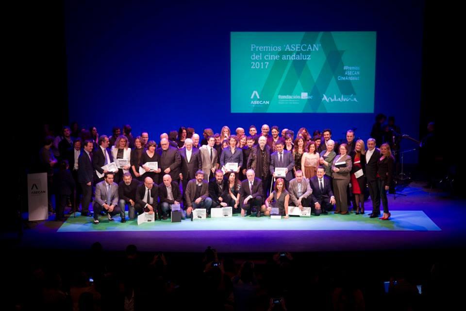 Foto de familia de los Premiso ASECAN 2017
