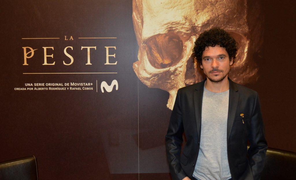 Pablo Molinero durante la presentación de 'La Peste' en Sevilla