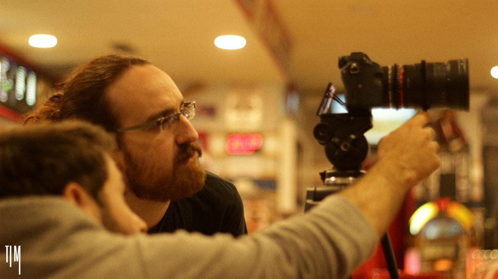 Daniel Cervantes durante el rodaje de 'Tomorrow is Monday'