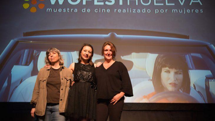 Carmen Rico (izquierda) gana el premio 'Made in Huelva' del Wofest Huelva