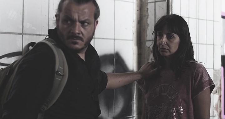Andres R Santiago y Victoria Arcos en el anuncio de 'La sombra'