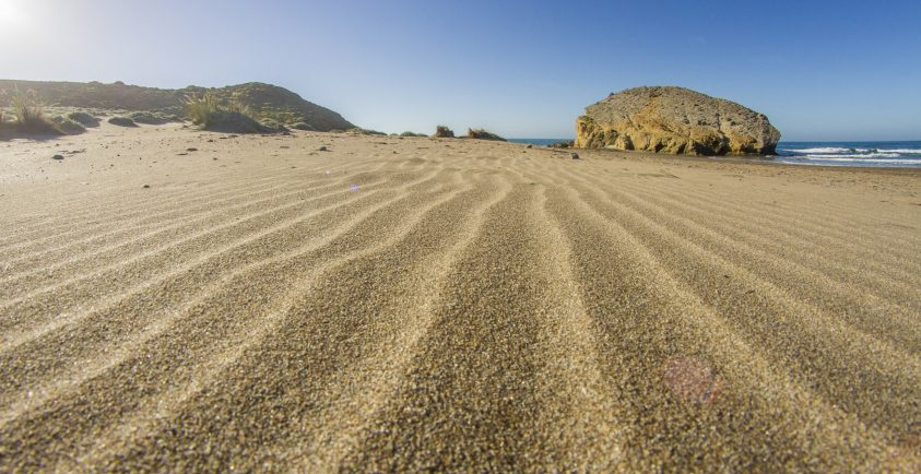 Arena de la playa de Monsul, parque natural Cabo de Gata-Níjar
