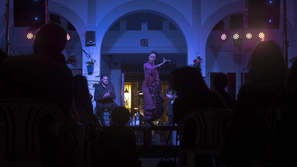 La bailaora Yinka Esi durante su espectáculo en el FCAT.