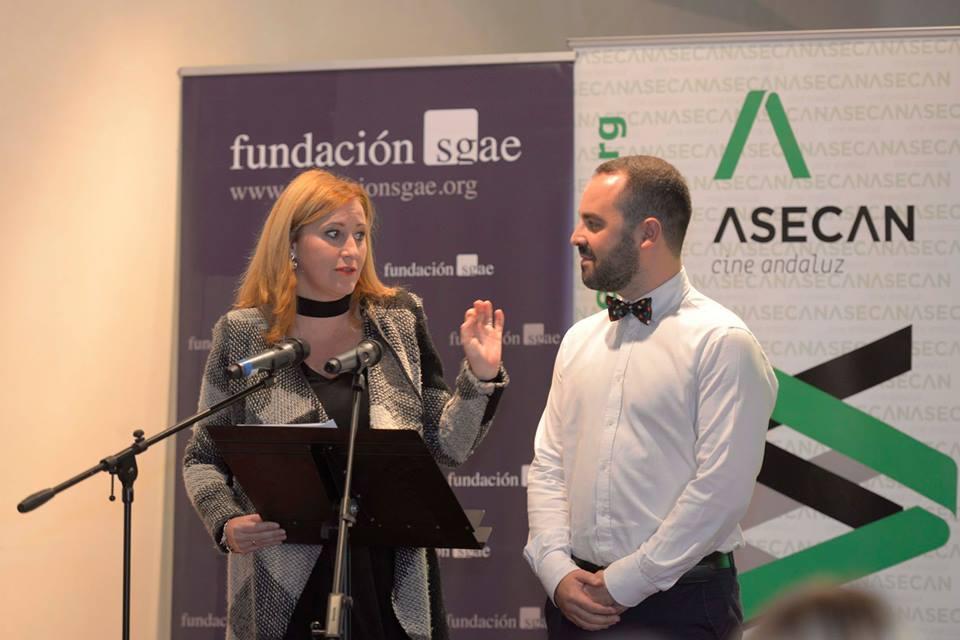 Ana Graciani junto al periodista Alejandro Ávila en el anuncio de las nominaciones de los Premios ASECAN 2017