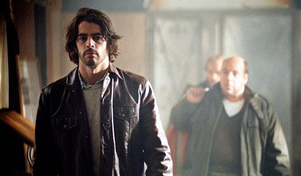 Fotograma de 'El Lobo', dirigida por Miguel Courtois con guion de Antonio Onetti