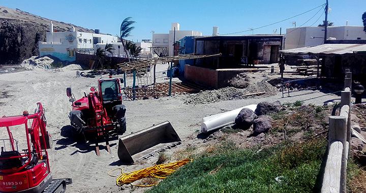 Trabajos en la Isleta del Moro para la ambientación del rodaje de la nueva entrega de Terminator