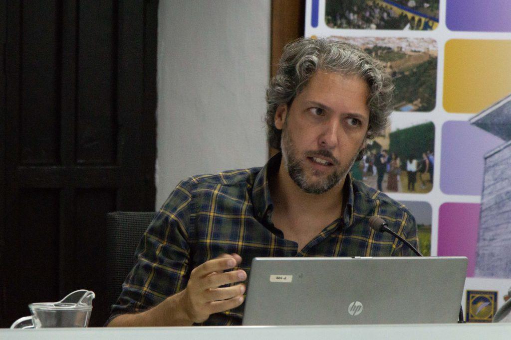 David Chamizo. durante su intervención en los Cursos de Verano de la UPO.