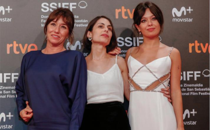 Celia Rico con Lola Dueñas y Anna Castillo