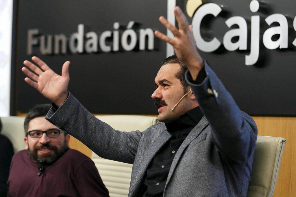 Alfonso Sánchez durante su intervención en Los oficios del cine sobre dirección de cine.