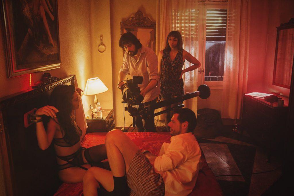 Alejo Moreno en un momento del rodaje de Diana junto a Ana Rujas y Jorge Roldán.