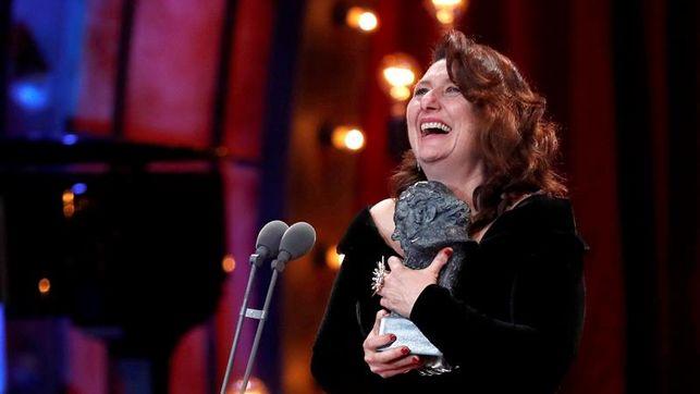 Adelfa Calvo con el Goya a Mejor Actriz de Reparto por 'El autor'