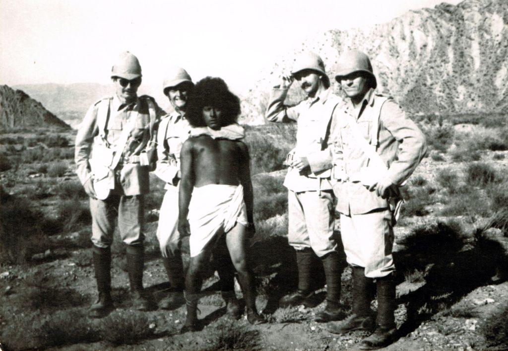 Eduardo Salvador en Las cuatro plumas 1977.