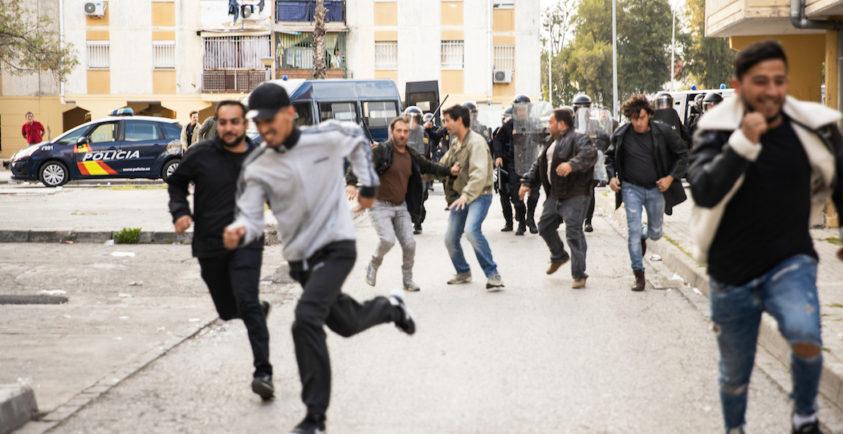 Rodaje En Las Tres Mil Mucha Policia Mucha Diversion Filmand