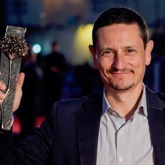 José Alba con la Biznaga de Plata al Mejor Productor en los Premios Málaga Cinema del 21º Festival de Málaga.