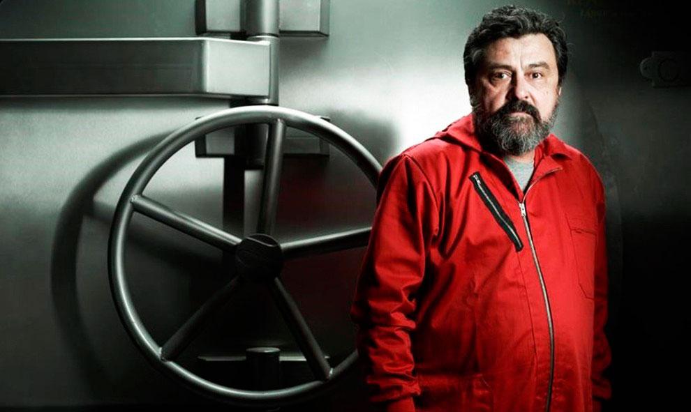 Paco Tous caracterizado para su personaje en la serie 'La casa de papel'