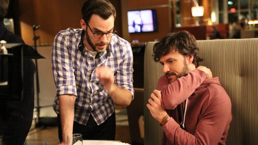 Pablo Sánchez-López (a la izquierda), junto a Daniel Grao, en un momento del rodaje de 'El alquiler'