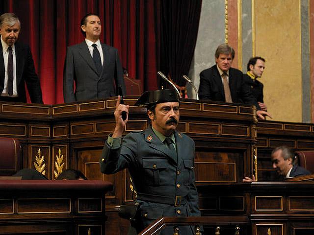 Paco Tous en un fotograma de '23-F: la película'